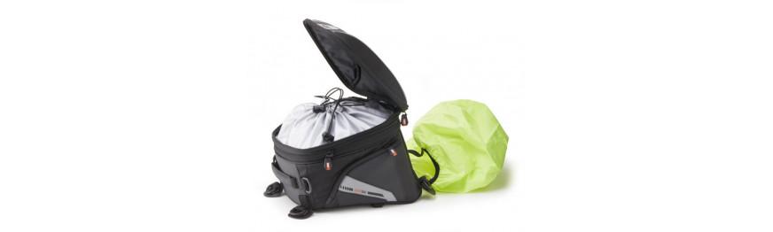 Příslušenství k textilním zavazadlům